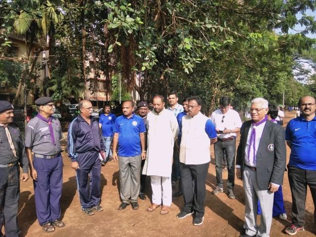 Shri Vinod Tawde visits pavillion 3